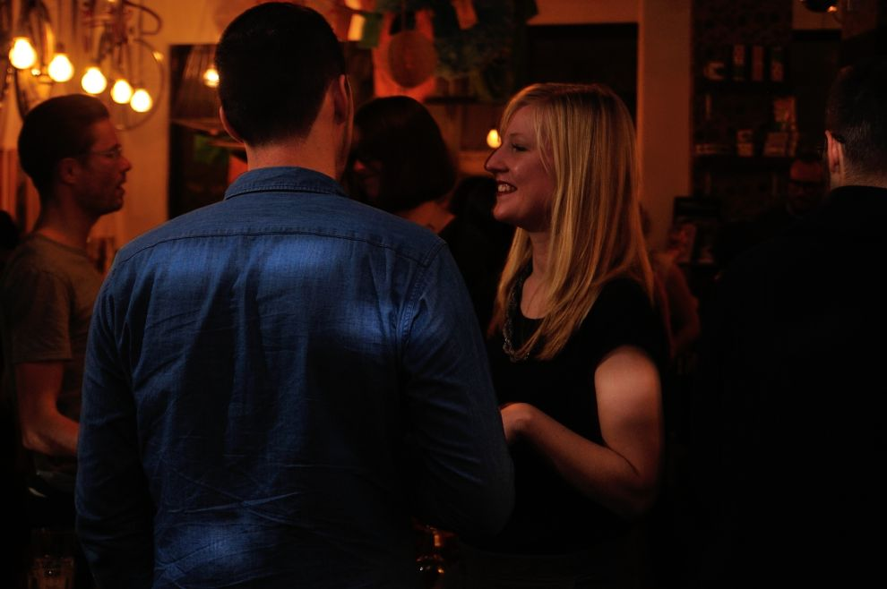 look mum no hands speed dating Speed dating london is a fab way to meet like-minded london singles meet new people at london's most popular singles nights.