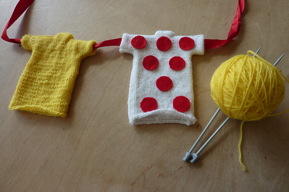 Knitted Jersey Patterns : Knit your own mini jersey Look Mum No Hands!